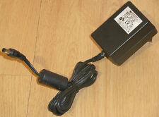 Schalt Netzteil Ladegerät 12V DC 1,5A Kentex KB18-120 Hohlstecker 5,5 x 2,1mm
