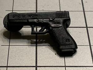 Glock 17 Pistol Lapel Hat Pin