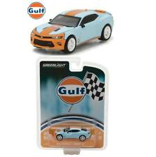 Greenlight 29908 2017 Chevy Camaro SS Gulf Oil Hobby Exclusive Diecast Car 1:64