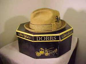 """Vintage """" Dobbs """"  5th.Avenue New York Men's Brown SUEDE Hat   SIZE 7 WITH BOX"""