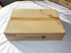 NEW 24 Port Alcatel Lucent Omniswitch OS6850-24 10/100 SFP Gigabit 902543-90