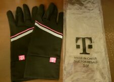NIP T-MOBILE Touch Screen Gloves - Black - Size S/M - Polyester/Spandex