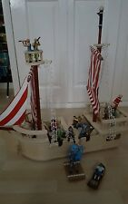 ELC Wooden Pirate Ship with pirates