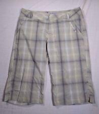 """Columbia Titanium Omni-Dry  Beige Grey Plaid Shorts Size 6 13"""" Inseam"""