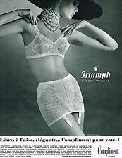 PUBLICITE ADVERTISING 014   1965   TRIUMPH   soutien gorge COMPLIMENT