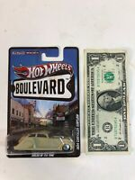 Hot Wheels Boulevard - RR - Metal/Metal - Cream 1934 Chrysler Airflow - 2010