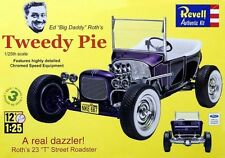 Revell 1/25 Ed Big Daddy Roth's Tweedy Pie 1923 Model T PLASTIC MODEL KIT 854922