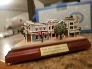 Olszewski Disneyland's Main Street Crystal Arts. China Closet. Main St. E Plaza