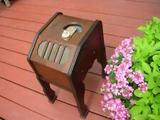 NICE & CUTE VINTAGE ZENITH MODEL 6D336 WOOD TUBE SMALL CHAIR SIDE RADIO