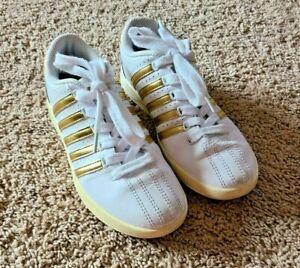 K-Swiss Girl's White Metallic Gold Stripe Classic Sneakers Size 1.5 Youth GUC