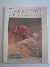 1985 CINCINNATI REDS YEARBOOK MAGAZINE - PETE ROSE COVER - EXCELLENT - BOX BPR 1