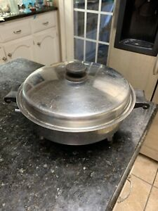 Saladmaster Electric Skillet With Lid  Cat No 17815