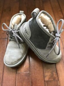 UGG Australia NEUMEL II Charcoal Suede Shearling Lace Up Ankle Bootie Boys Sz 13