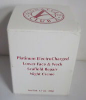 Signature Club A Platinum ElectroCharged Lower Face & Neck Repair Night Creme