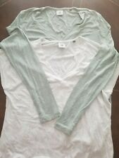 euc Cabi sz M lot of 2 off white light blue long short sleeves v neck top shirt