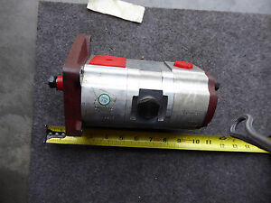 Dowty 5556260R91 Tandem Gear Pump New