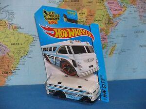 HOT WHEELS SURFIN' SCHOOL BUS #3/250 HW CITY *BRAND NEW & RARE*