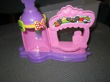 Fisher Price Little People Magic of Disney Alice's Mad Hatter girl Fence Shop