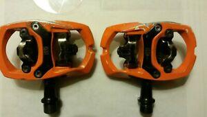 iSSi Trail II Pedals Orange