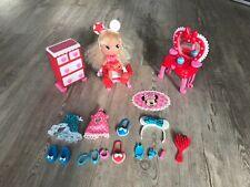 Famosa I love Minnie Mouse Puppe Anziehpuppe mit Möbeln und viel Zubehör