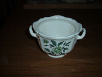 Wedgwood Barlaston Queens Shape Green Leaf Sugar Bowl with no Cover ENGLAND