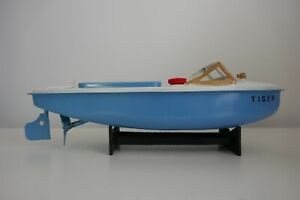 Sutcliffe Tiger Clockwork Speed Boat