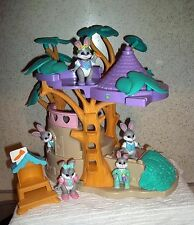 Vintage Fisher  Price 1996 Hideaway Hollow Tree House and Bunnies VGUC