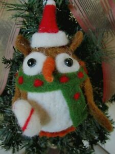 KIRKLAND FELTED WOOL OWL IN SANTA HAT HOLDING CANDY CANE CHRISTMAS ORNAMENT NWT