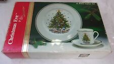 SALEM CHRISTMAS EVE CHINA 12 PIECE STARTER SET IN ORIGINAL BOX NICE CONDITION