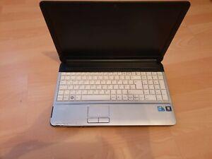Fujitsu Lifebook A530 15,4 Zoll Intel Core i3 370M, 2,4GHz, 2GB RAM, 320GB HDD