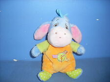 AVR4 / DOUDOU PELUCHE  DISNEY BOURRIQUET BLEU ORANGE SALOPETTE VERT