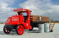 NEW FIRST GEAR TEXACO GOLDEN MACK AC  FLATBED TRUCK