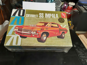 AMT Chevy SS Impala Limtied edition model kit 1/25 scale