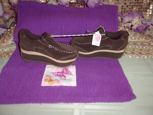 BOYS XHILARATIONS NEW SUEDE BROWN SIZE 11 WEDGE HEEL DRESS SHOES