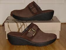 NEW IN Box B.O.C. Mallis Women's US Size 10 M Dark Brown Clogs Leather Shoes