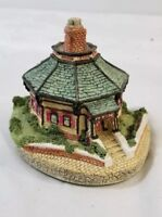 Maurice Wideman The American Collection AC-025 Octagonal House E14