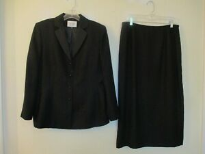 Le Suit lined black polyester long skirt suit size 12/14P