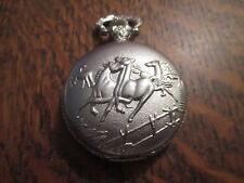 montre a gousset a quartz representant des chevaux 47 millimetres
