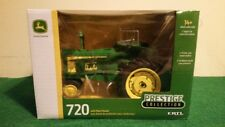 1/16 John Deere 720 Tractor With Heat Houser