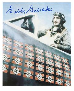 GABBY GABRESKI SIGNED 8x10 PHOTO WORLD WAR II FIGHTER ACE RARE BECKETT BAS