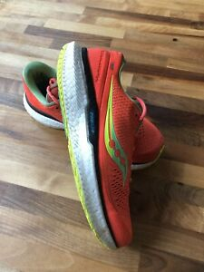 Saucony Mens Triumph 18 Running shoes used - UK 9.5 Mutant Red