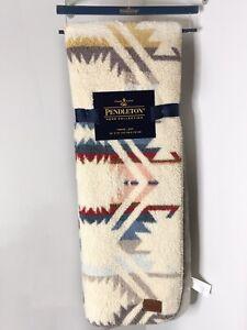 NWT New Pendleton Sherpa Fleece Throw Blanket Aztec Navajo