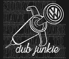 VW V DUB Junkie T25 T4 T5 T26 T30 Golf Passat Bora Polo Lupo Vinilo Pegatina de arriba
