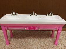 Barbie Sister Stacie Chelsea Skipper Doll Triple Sink Bathroom Set