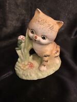 Cat-Kitten Kitty Cat Figurine Playful Pose Ceramic-Porcelain Hand Painted Taiwan