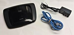 Cisco Linksys E1000 v2 4 Port Wireless N Router 300 Mbps with Adapter and Cable