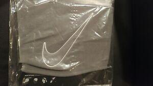 Brand new - Nike Fleece Neck Warmer Running Sports Outdoor Unisex