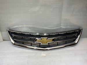 2014 - 2020 Chevrolet Impala LTZ OEM Upper Chrome Grille grill 23455389 CRACKED