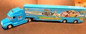 NASCAR Die-Cast 1/64 Car Transporter #24 Dupont Blue Jeff Gordon Bugs Bunny