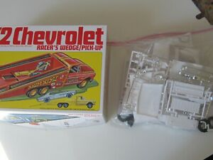 1/25 scale 72 Chevy p.u. bag kit by MPC. Comes with the box.